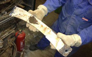 Asbestpappe schwach gebunden im Gleitlager