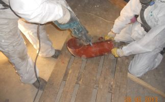 Freilegung der Rohrinnenseiten für anschließende Reinigung