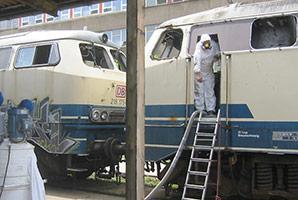 Asbestsanierung einer Diesel-Lok